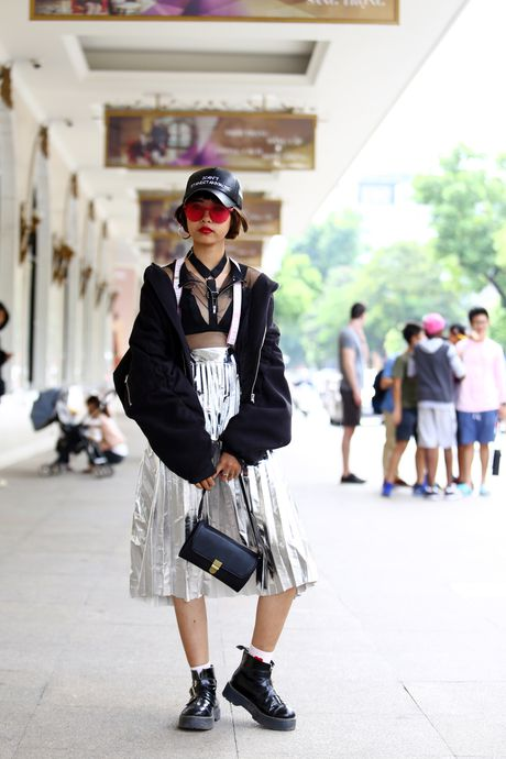 Street style thu dong doi lap cua gioi tre Viet - Anh 4
