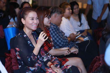 Bo me ve nuoc chuc mung Trong Hieu ra mat MV moi - Anh 7