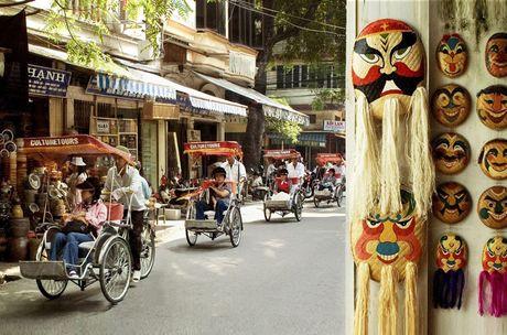 To Touropia goi y 10 diem tham quan hap dan nhat Ha Noi - Anh 2