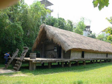 To Touropia goi y 10 diem tham quan hap dan nhat Ha Noi - Anh 4