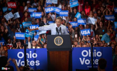 Obama: Van menh nuoc My va the gioi bi de doa neu Trump trung cu - Anh 1