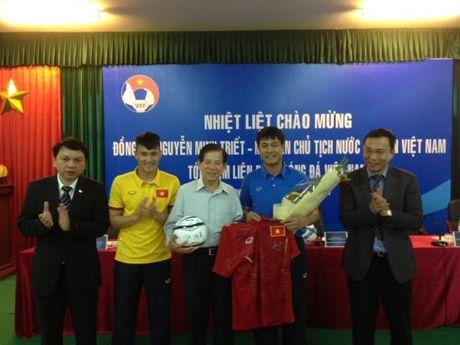 Nguyen Chu tich nuoc: Bong da phai sach, chuyen nghiep - Anh 1