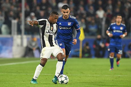 Toan canh tran dau Juventus danh roi 2 diem truoc Lyon - Anh 3
