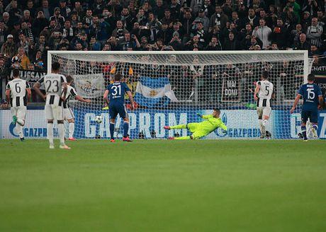 Toan canh tran dau Juventus danh roi 2 diem truoc Lyon - Anh 4