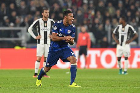 Toan canh tran dau Juventus danh roi 2 diem truoc Lyon - Anh 9