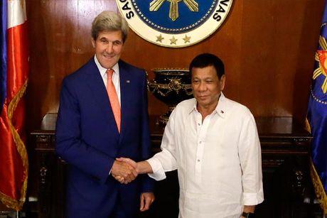 Ong John Kerry van tin tuong vao tuong lai quan he My-Philippines - Anh 1