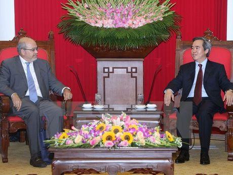 Truong Ban Kinh te Trung uong Nguyen Van Binh tiep doan IMF - Anh 1
