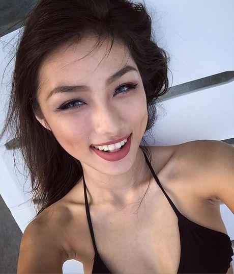Nu sinh Hoc vien Hang khong 'dot mat' voi bikini - Anh 14