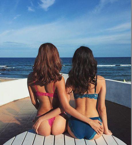 Nu sinh Hoc vien Hang khong 'dot mat' voi bikini - Anh 20