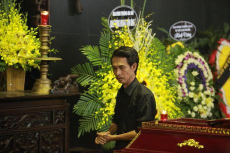 Cac danh hai phia Bac roi le tien dua NSUT Pham Bang - Anh 10