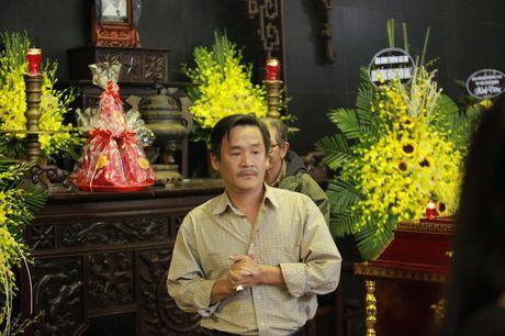Cac danh hai phia Bac roi le tien dua NSUT Pham Bang - Anh 11