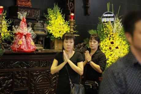 Cac danh hai phia Bac roi le tien dua NSUT Pham Bang - Anh 4