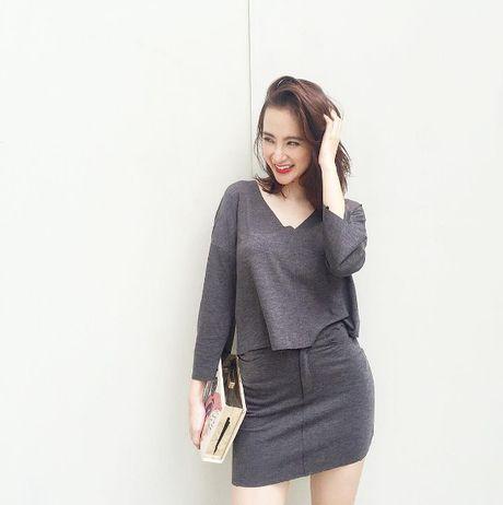 Mac do binh dan, Angela Phuong Trinh van sexy kho cuong - Anh 5