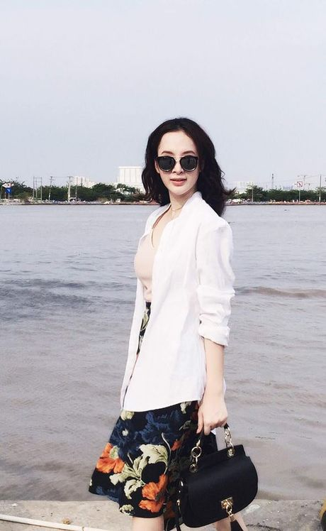 Mac do binh dan, Angela Phuong Trinh van sexy kho cuong - Anh 7