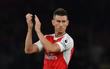 Doi hinh ket hop Arsenal - Tottenham: Mau do nhinh hon doi chut - Anh 3