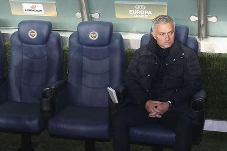 11 thong ke cho thay Mourinho dang bat luc voi M.U - Anh 1