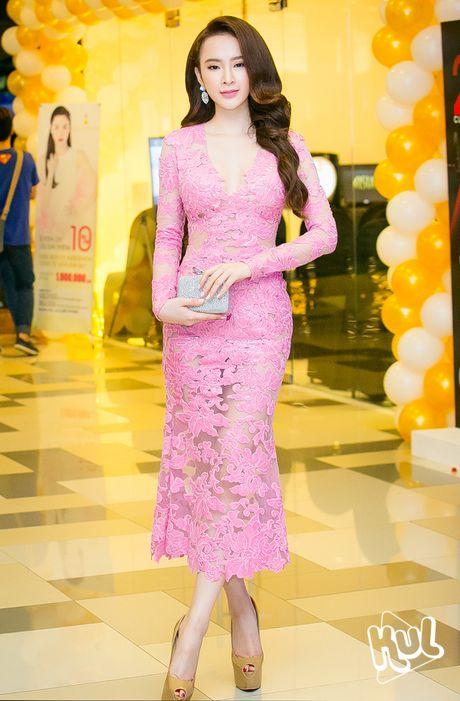 Loat dam ho bao sexy vo doi cua Angela Phuong Trinh - Anh 13