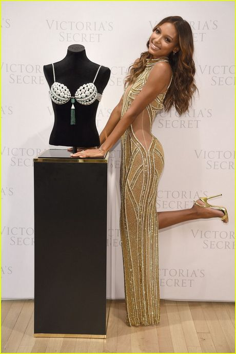 Lo dien ao lot gia 67 ty dong tuyet dep cua Victoria's Secret - Anh 9