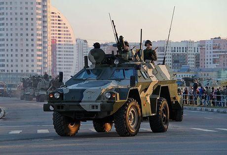Bat ngo: Nga tung ca xe boc thep BPM-97 toi Syria - Anh 5
