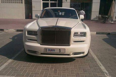 Dai gia chi 200 ty mua bien so cho sieu xe Rolls-Royce - Anh 3