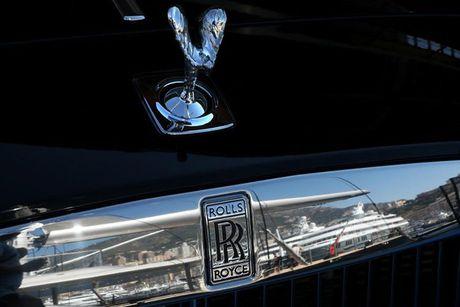 Dai gia chi 200 ty mua bien so cho sieu xe Rolls-Royce - Anh 7