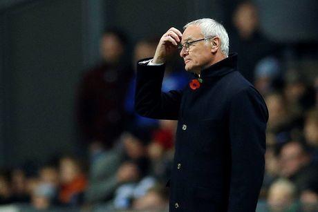 Ranieri canh tranh voi Guardiola o danh hieu HLV xuat sac nhat nam - Anh 1