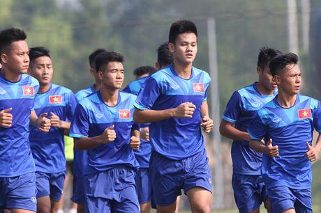 Tien dao U.19 Viet Nam xin chia tay doi U.22 Viet Nam vi qua tai - Anh 1