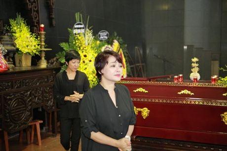 NSUT Van Toan, Chieu Xuan bat khoc nuc no tien dua NSUT Pham Bang - Anh 11