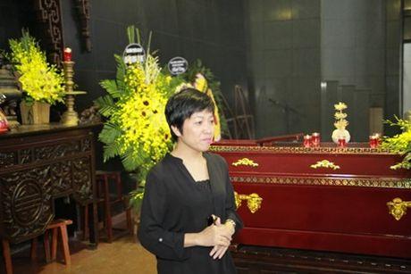NSUT Van Toan, Chieu Xuan bat khoc nuc no tien dua NSUT Pham Bang - Anh 12