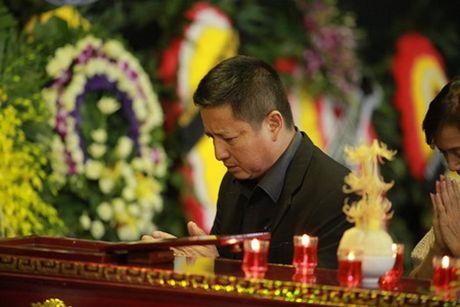 NSUT Van Toan, Chieu Xuan bat khoc nuc no tien dua NSUT Pham Bang - Anh 26