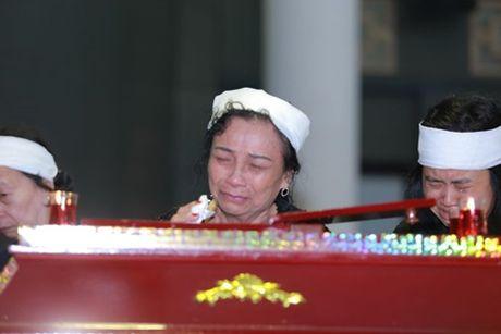 NSUT Van Toan, Chieu Xuan bat khoc nuc no tien dua NSUT Pham Bang - Anh 34