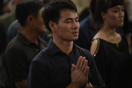 NSUT Van Toan, Chieu Xuan bat khoc nuc no tien dua NSUT Pham Bang - Anh 38