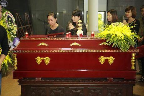 NSUT Van Toan, Chieu Xuan bat khoc nuc no tien dua NSUT Pham Bang - Anh 6