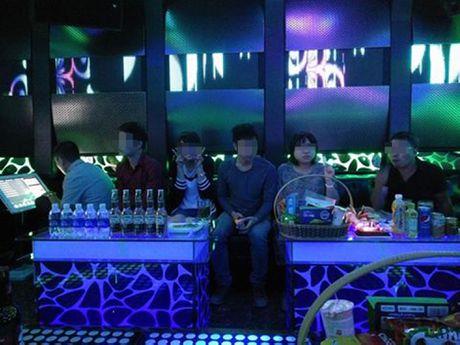 Toi suyt la nan nhan trong vu chay quan karaoke 68 - Anh 2