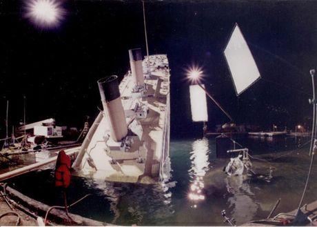 Anh hau truong san xuat it tiet lo cua phim 'Titanic' - Anh 3
