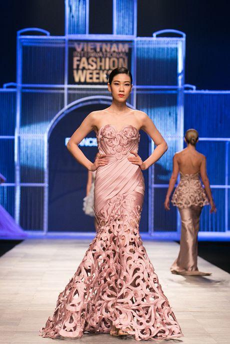 Nguyen Oanh 'dung vay' voi Hoa hau quoc te Philipine 2016 - Anh 11