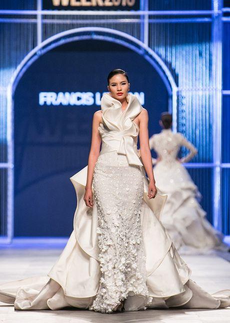Nguyen Oanh 'dung vay' voi Hoa hau quoc te Philipine 2016 - Anh 9
