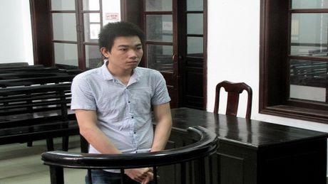 Loi dung ban ngu say cuom het tai san - Anh 1