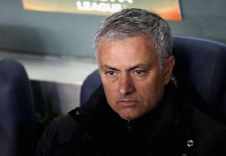 "MU bi du doan ""kho them 2 nam nua"" voi Mourinho - Anh 2"