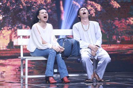 """Nha Cuoi: Hoai Linh """"ngat xiu"""" vi bi mat tien - Anh 14"""