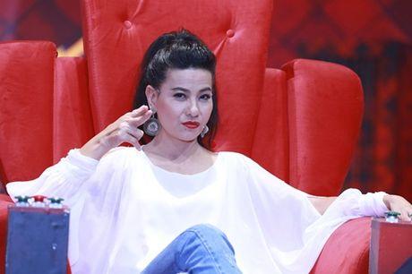 """Nha Cuoi: Hoai Linh """"ngat xiu"""" vi bi mat tien - Anh 2"""