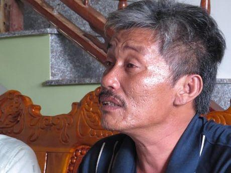 Phu Yen: Sau 10 tieng, 3 ngu dan bi lu cuon tu boi vao bo song sot than ky - Anh 1