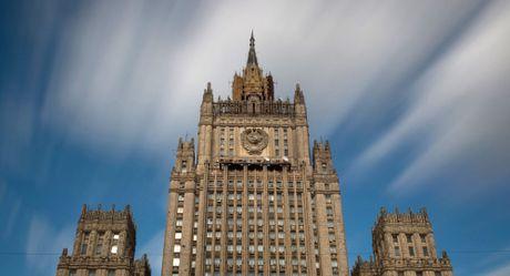 Moscow tinh kha nang ap dung che do thi thuc voi Ukraine - Anh 1