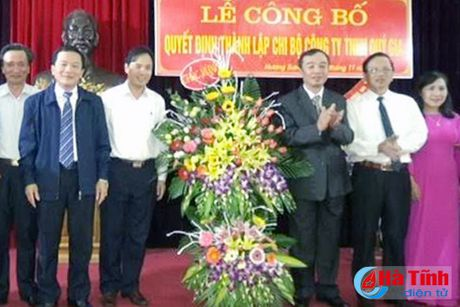 Thanh lap Chi bo Cong ty TNHH Quy Gia - Anh 1