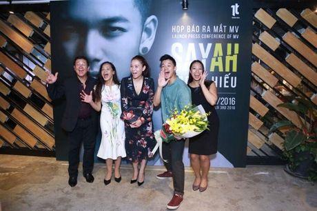Thu Minh: 'Luon yeu va ne phuc Trong Hieu ngay tu lan gap dau tien' - Anh 2