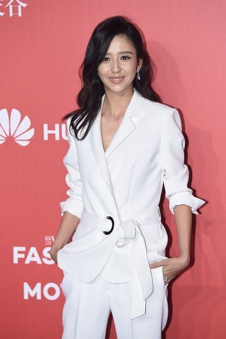 Pham Bang Bang len ngoi 'Nu hoang tham do', Duong Yen 'trung mat' dang so trong dem hoi Vogue - Anh 15