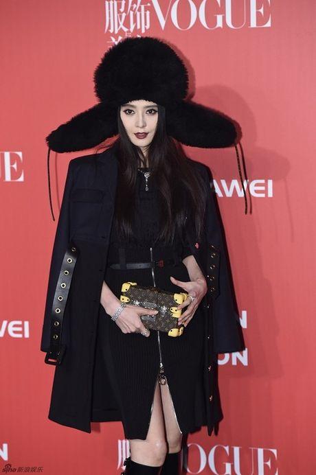 Pham Bang Bang len ngoi 'Nu hoang tham do', Duong Yen 'trung mat' dang so trong dem hoi Vogue - Anh 1