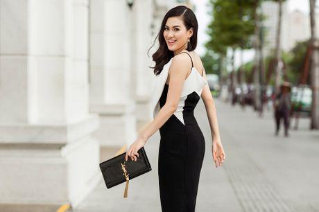 Hoa hau Viet Nam The gioi Diem Tran ve nuoc, lan san showbiz Viet - Anh 1
