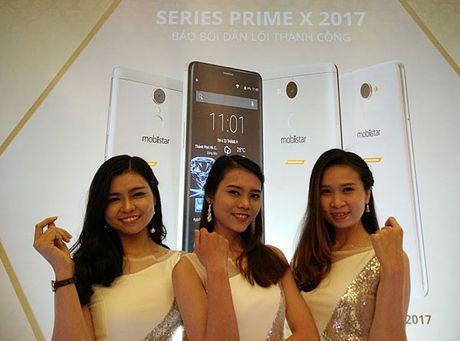 Techforum 2016: Lo dien 'soai ca' Prime X Pro cua Mobiistar - Anh 1
