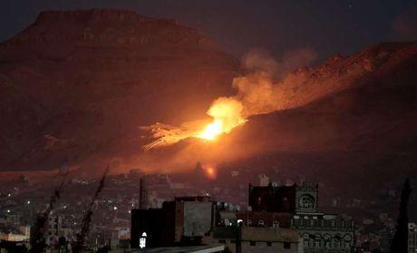 My bat ngo bi to toi pham chien tranh tai Yemen - Anh 1
